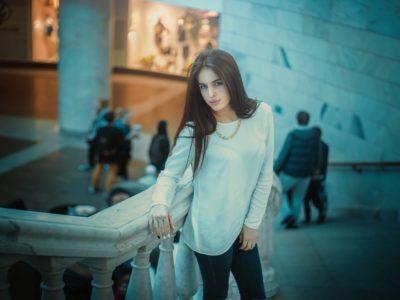 minimalist woman picture