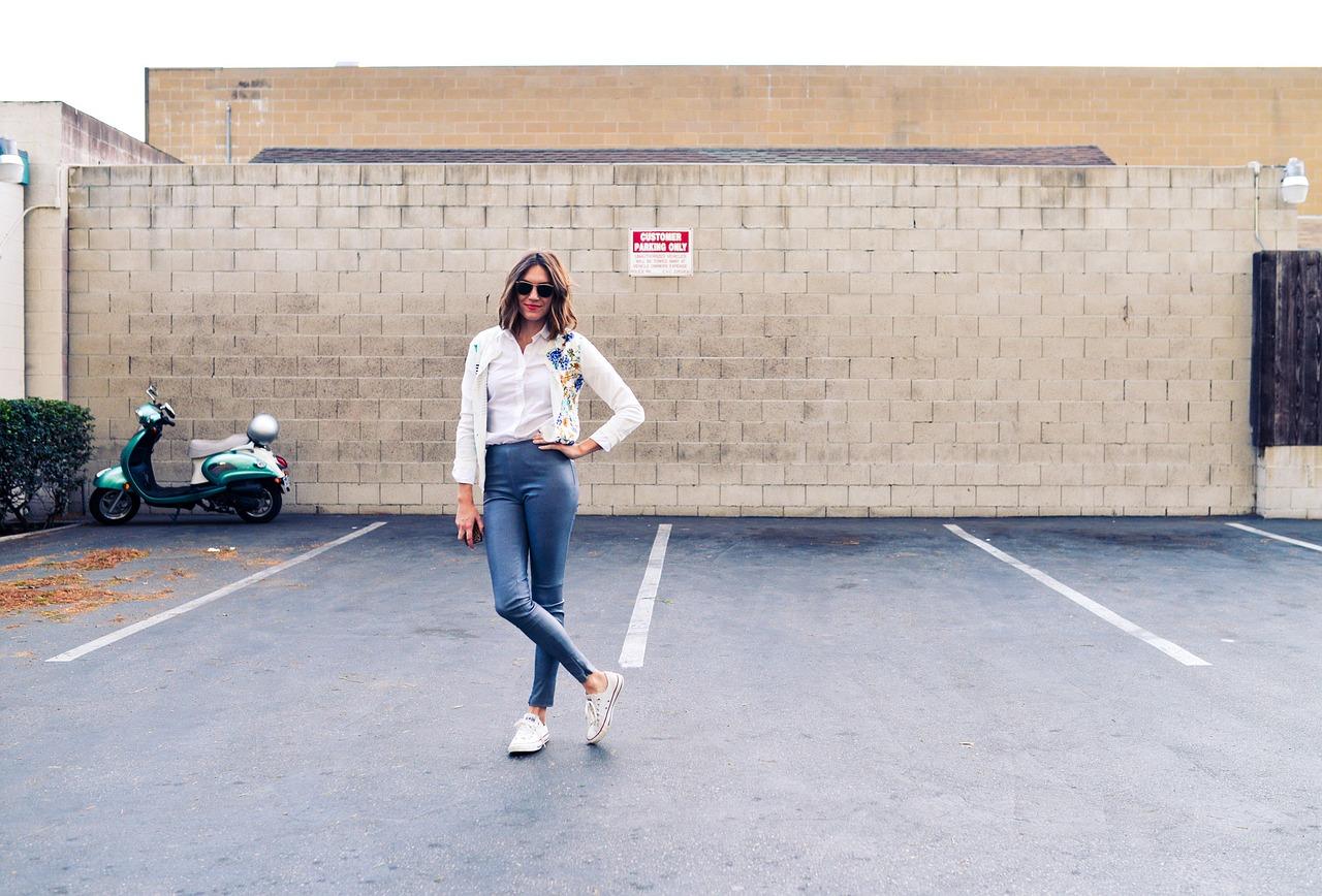 minimalist woman