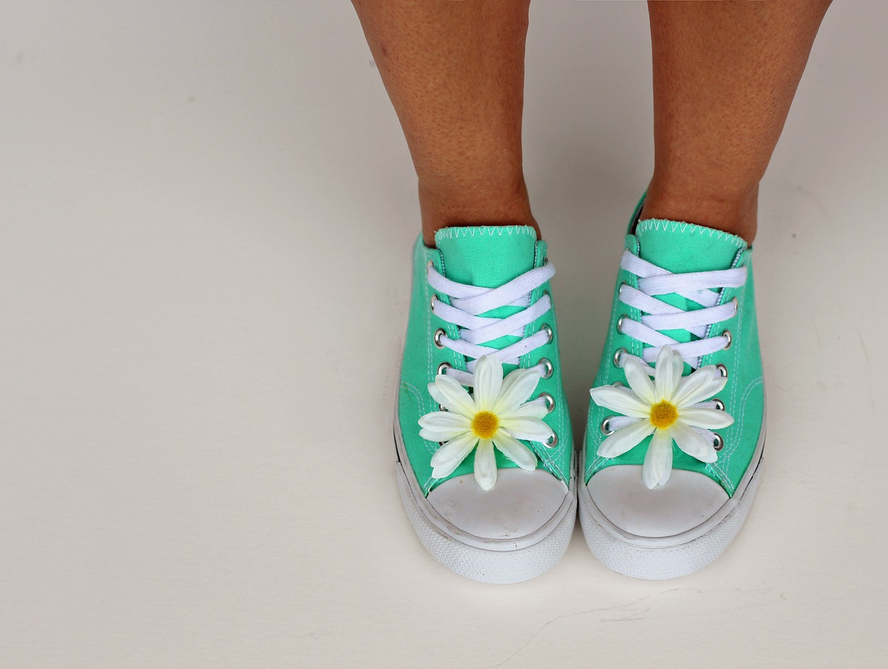 woman shoe photo
