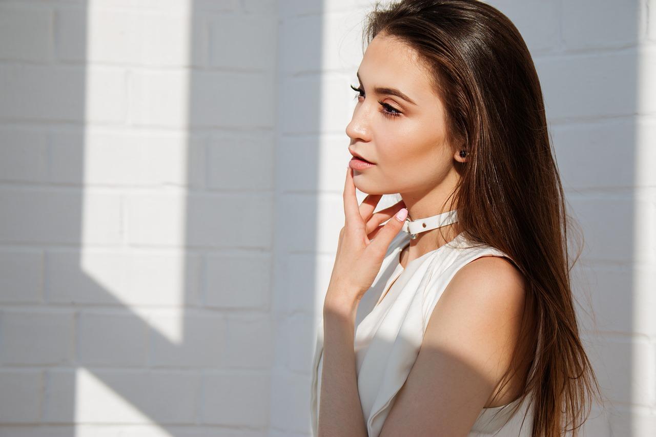 sun woman photo